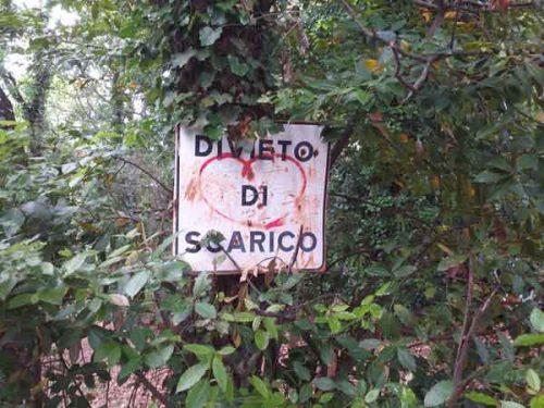 Italiani incivili